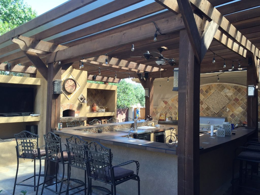 Cincinnati Outdoor Kitchen Contractor